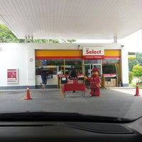 Photo taken at Shell by Iqbal on 1/12/2013