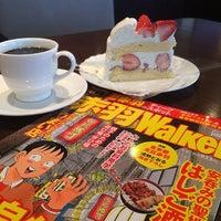 Photo taken at イタリアントマトカフェ 赤羽スズラン通り店 by 淳 佐. on 3/8/2014