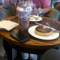 Photo taken at Starbucks Coffee by Borlay M. on 3/30/2013