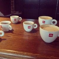 Снимок сделан в Кафе-бар «Саша» пользователем Надя Л. 11/28/2013