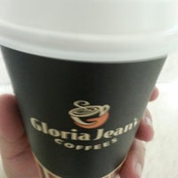 Photo taken at Gloria Jean's Coffees by Archoe K. on 3/7/2014