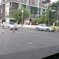 Photo taken at Ratchada-Sutthisan Intersection by Noritney on 5/18/2013