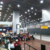Foto tirada no(a) Aeroporto Internacional de São Paulo / Guarulhos (GRU) por Ronald G. em 3/22/2015