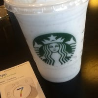 Photo taken at Starbucks by Ara A. on 9/17/2014