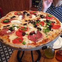 Photo prise au Rocco & Simona Pizza al Forno par Blanca G. le5/8/2015