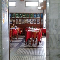 Foto tirada no(a) Restaurante São Pedro por Isabella S. em 6/9/2013