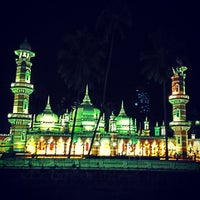 Photo taken at Masjid Jamek Kuala Lumpur by Gzul Yusof on 7/10/2013
