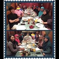 Photo taken at Le Taj Restaurant by Gzul Yusof on 5/27/2015