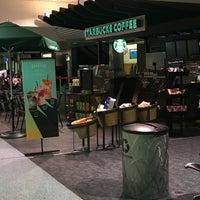Photo taken at Starbucks by Gerald H. on 6/18/2016
