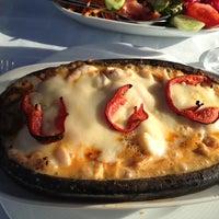 10/15/2012 tarihinde Selvi Y.ziyaretçi tarafından Çapari Restaurant'de çekilen fotoğraf