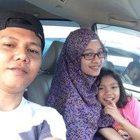 Photo taken at Fery Penyeberangan Mitra Kukar by Haries S. on 10/13/2013