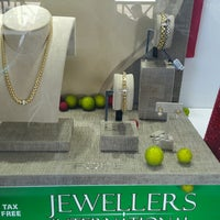 Photo taken at Jewelers International by Pedro W. on 12/30/2016