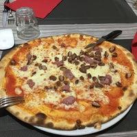 Photo taken at Pizzeria Taverna Spagnola by Roberto V. on 1/3/2016