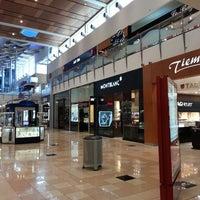 Foto tomada en Mall Multiplaza Pacific por Luis E. M. el 7/27/2013