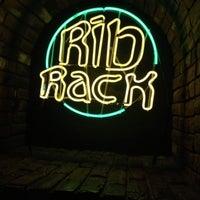 8/3/2013 tarihinde Ray O.ziyaretçi tarafından The Rib Rack'de çekilen fotoğraf