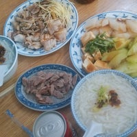 Photo taken at 三禾米粉湯 by Hina C. on 2/28/2014