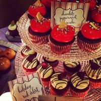 Foto scattata a Parkway Ballroom da Debi L. il 12/21/2013