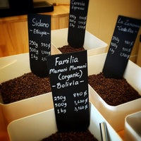 Photo taken at Ceresia Coffee Roasters by meekob on 8/3/2013