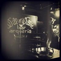 Photo taken at Willi Willie Bar e Arqueria by Bruno R. on 3/18/2013