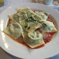 Photo taken at Sole Ristorante Italiano by Kenneth L. on 10/25/2015
