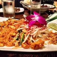 Photo taken at Osha Thai Restaurant & Bar by Marissa P. on 11/4/2012