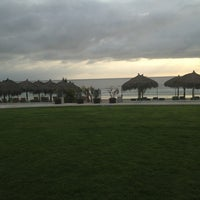 Photo taken at Terraza Splash, Hard Rock Hotel Vallarta by Uriel P. on 9/21/2013