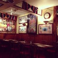 Foto tirada no(a) Tommy's Mexican Restaurant por Shan em 5/19/2013