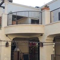 Photo prise au Catania Restaurant par Kashif H. le4/21/2018