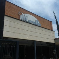 Photo taken at Muralha Choperia e Pizzaria by Cassio Rogério M. on 12/9/2012