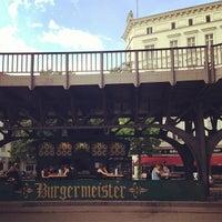 5/17/2013 tarihinde Brian P.ziyaretçi tarafından Burgermeister'de çekilen fotoğraf