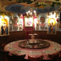 Foto scattata a Buca di Beppo Italian Restaurant da David M. il 7/17/2013