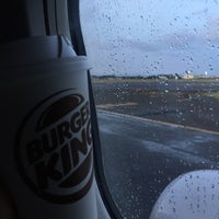 Photo taken at Burger King by Hessa A. on 12/29/2016
