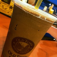 Photo taken at OldTown White Coffee by neehalhalsey_ on 8/22/2016