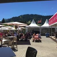 Das Foto wurde bei FIVB Gstaad Center Court von ☀Angelina☀ A. am 7/17/2016 aufgenommen