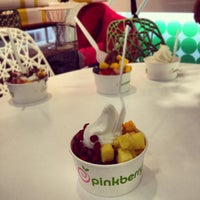 Photo taken at Pinkberry by Fatema A. on 9/29/2012
