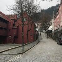 Photo taken at The Hub Bergen by Franka K. on 4/9/2017