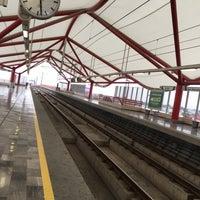Photo taken at Metrorrey (Estación San Nicolás) by Vero L. on 11/12/2016