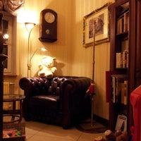 Снимок сделан в Rixwell Gertrude Hotel пользователем Tokkatina L. 9/22/2012