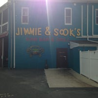 Photo taken at Jimmie & Sook's by Justine H. on 8/11/2013