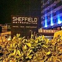 Photo taken at Hilton Sheffield Hotel by ξβαǷǃɿ 💜لون المطر on 11/4/2012