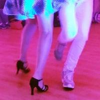 Foto tirada no(a) Espaço Ballet Carmem por Leo L. em 12/1/2014