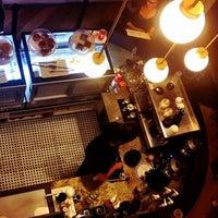 3/8/2018 tarihinde Nur A.ziyaretçi tarafından Let's Coffee'de çekilen fotoğraf