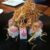 Photo prise au Azuki Sushi par Norma J. le6/16/2013