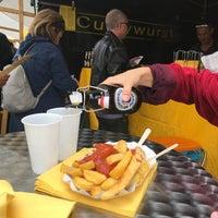 Foto scattata a Wochenmarkt Hackescher Markt da Nastia O. il 7/12/2018