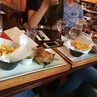 Das Foto wurde bei Café Rouge von Andreea K. am 7/30/2014 aufgenommen