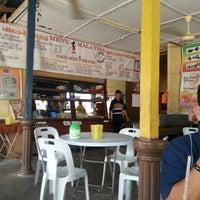 Photo taken at Restoran Satu Malaysia Pak Karim by Use A. on 6/19/2013