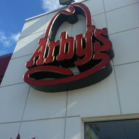 Photo taken at Arby's by Sovi T. on 10/28/2012