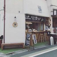 5/6/2017 tarihinde ダイスケ ナ.ziyaretçi tarafından HIGUMA Doughnuts'de çekilen fotoğraf