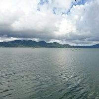 Photo taken at Danau Tondano by Fendra on 5/7/2016