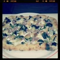 Photo taken at Pizza Evolution by Tallarini P. on 3/30/2013